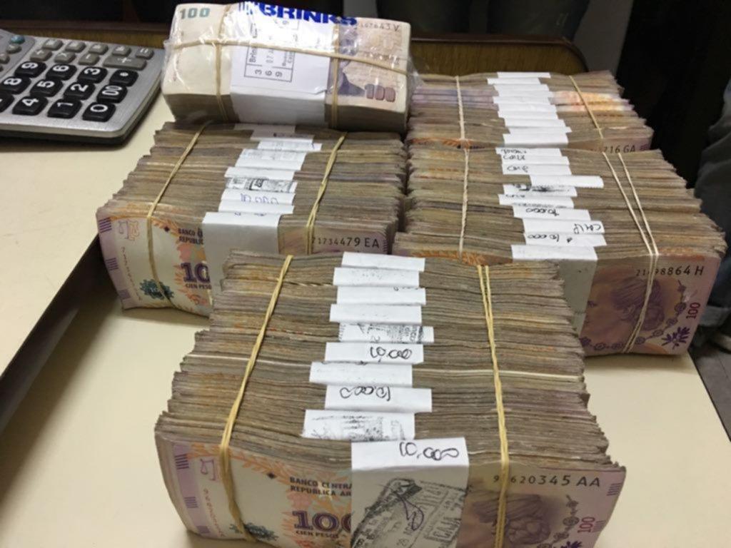 Descabezan a la comisaría primera de La Plata por manejo irregular de dinero