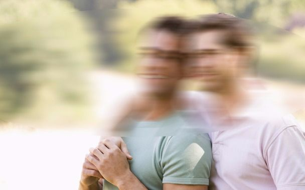"""Polémica por un programa que """"detecta"""" la homosexualidad a partir de fotos"""