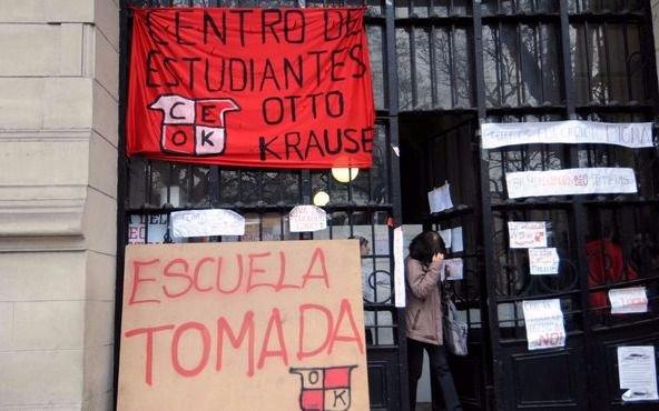 """Un docente sostiene que poner ausente """"intimida a los alumnos"""""""