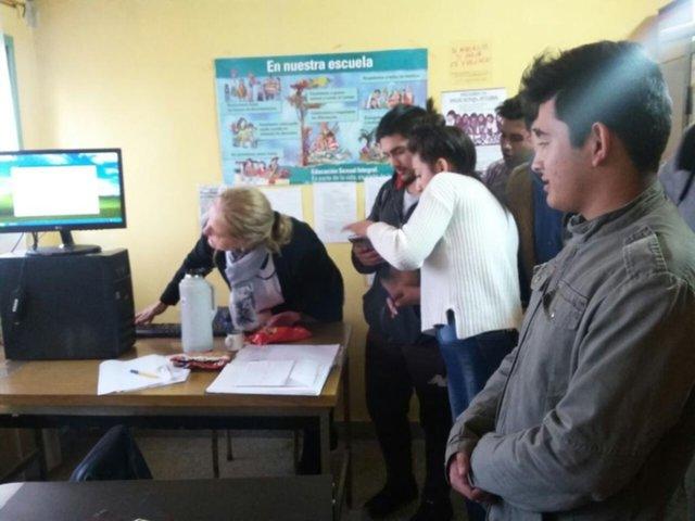 Los alumnos de Berisso ya usan el voto electrónico