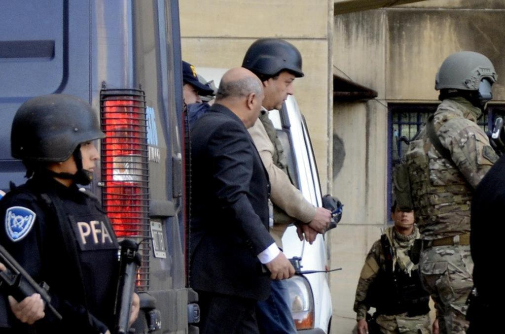 Denuncian que Cristina Kirchner omitió declarar 5 millones de dólares