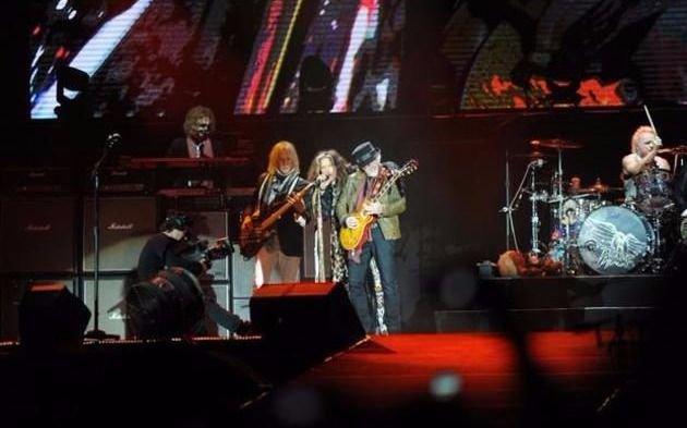 Aerosmith cancela conciertos en Chile y otros países por enfermedad de Tyler