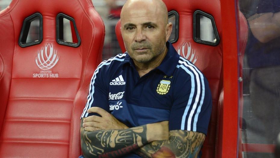 Argentina delimita el 11 ante Perú con Lionel Messi jugando libre