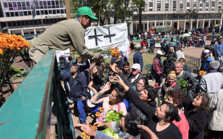 Venderán verduras en Plaza de Mayo