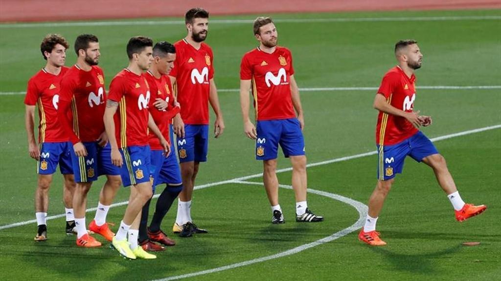 España sella su pase a Rusia, tras golear 3-0 a Albania