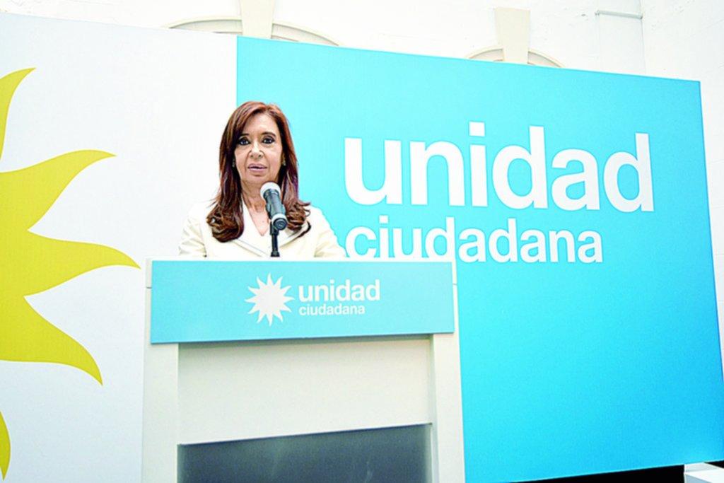 Cristina volvió a agitar el fantasma de irregularidades en las elecciones