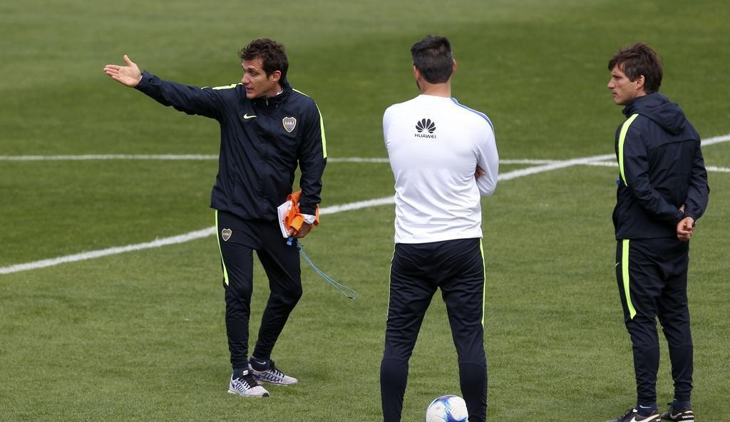 Con plantel completo y sin equipo confirmado, Boca piensa en Patronato