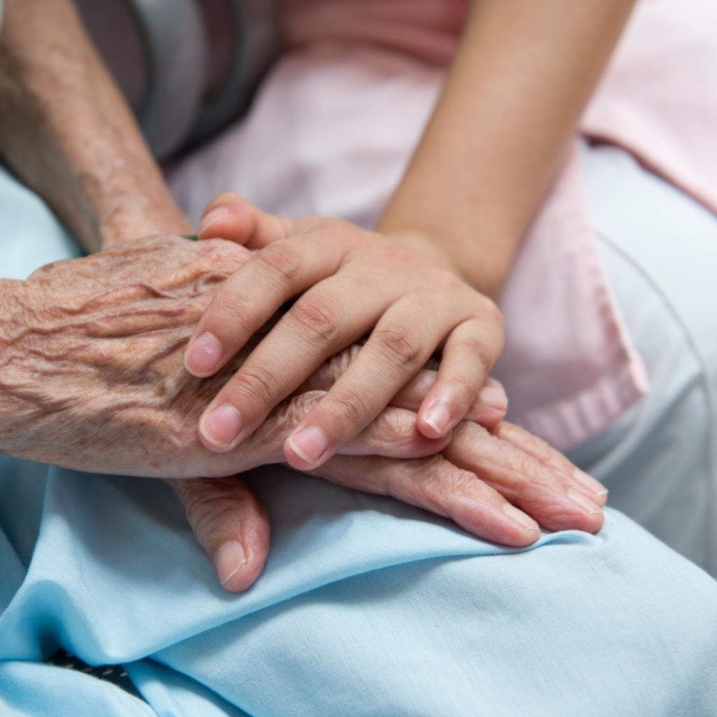 Cuidados paliativos, una vuelta a lo bueno de la vieja medicina