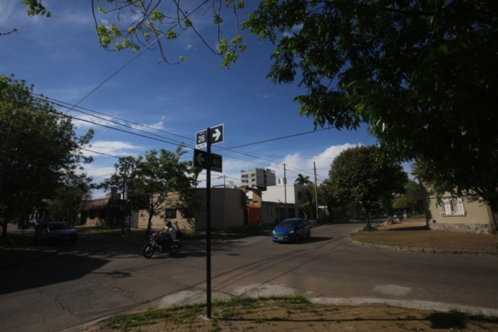 Una pareja sufrió la inseguridad en la puerta de su casa de La Loma