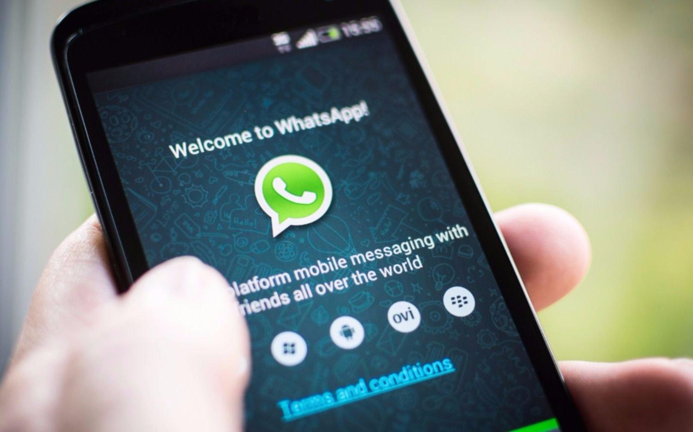 Lo eliminaron de un grupo de Whatsapp y presentó una denuncia judicial