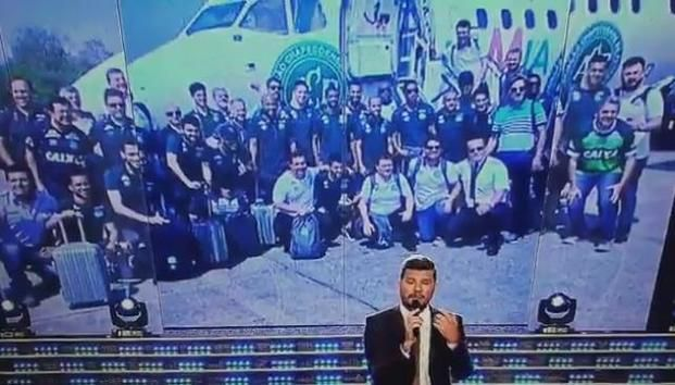 El conmovedor homenaje a las víctimas del accidente de Chapecoense que realizó Tinelli