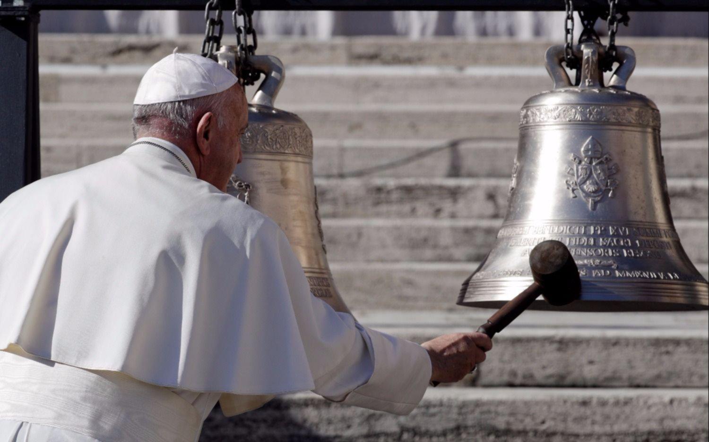 El Papa prohibe venta de cigarros en el Vaticano