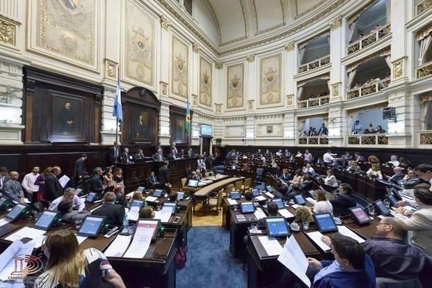 """La Legislatura bonaerense sancionó el Presupuesto y la reforma impositiva"""""""
