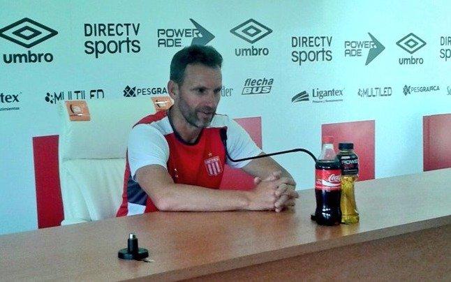 """Bernardi dijo que tanto Tigre como el Pincha tienen necesidad """"por el resultado"""""""