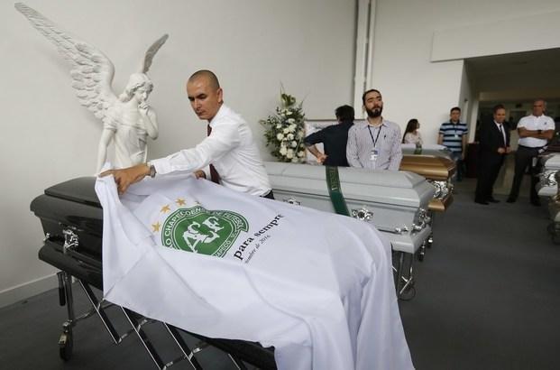 Chapecoense prepara el velatorio de las víctimas