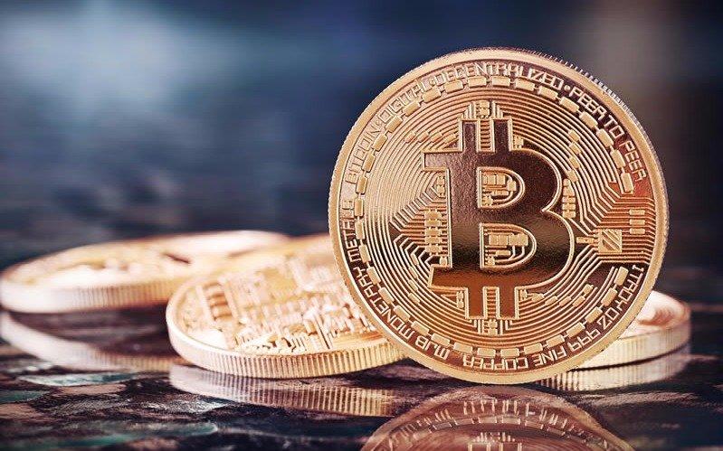 Sube la fiebre del Bitcoin y la cotización superó los 15 mil dólares