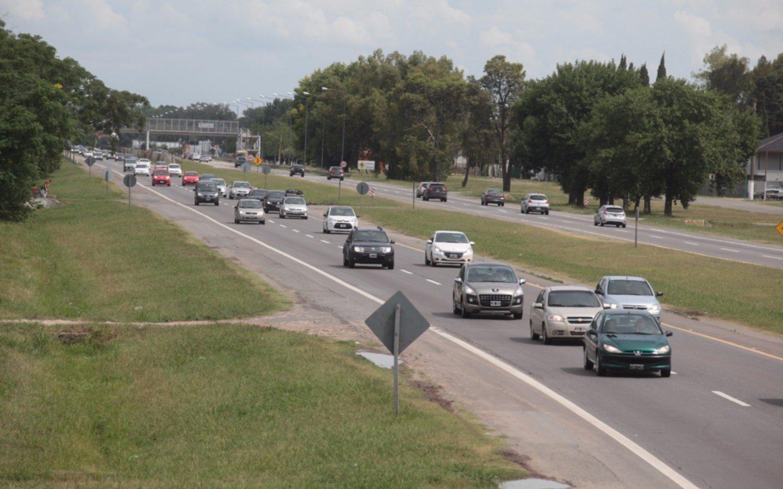 La Autopista y rutas bonaerenses sin camiones durante el fin de semana largo