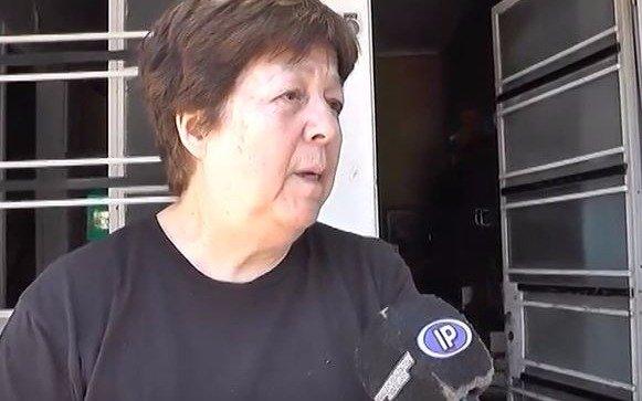 Video: cinco personas asaltaron la casa de una jubilada