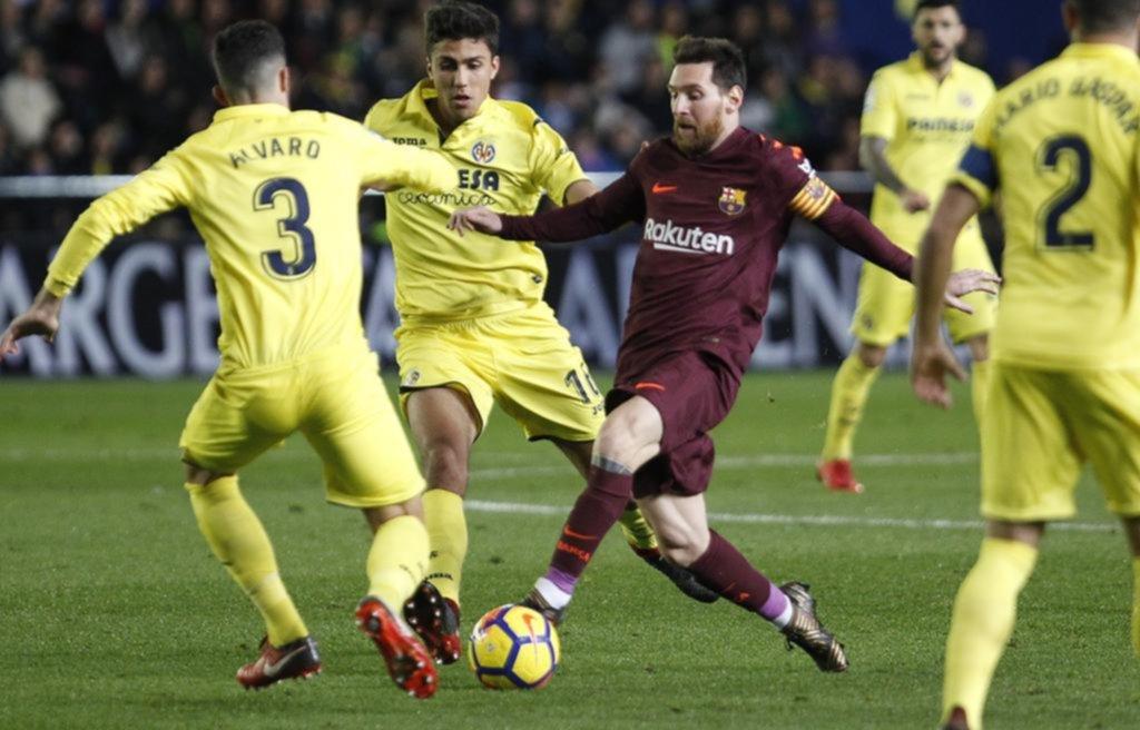 Messi igualó el récord de 525 goles de Muller