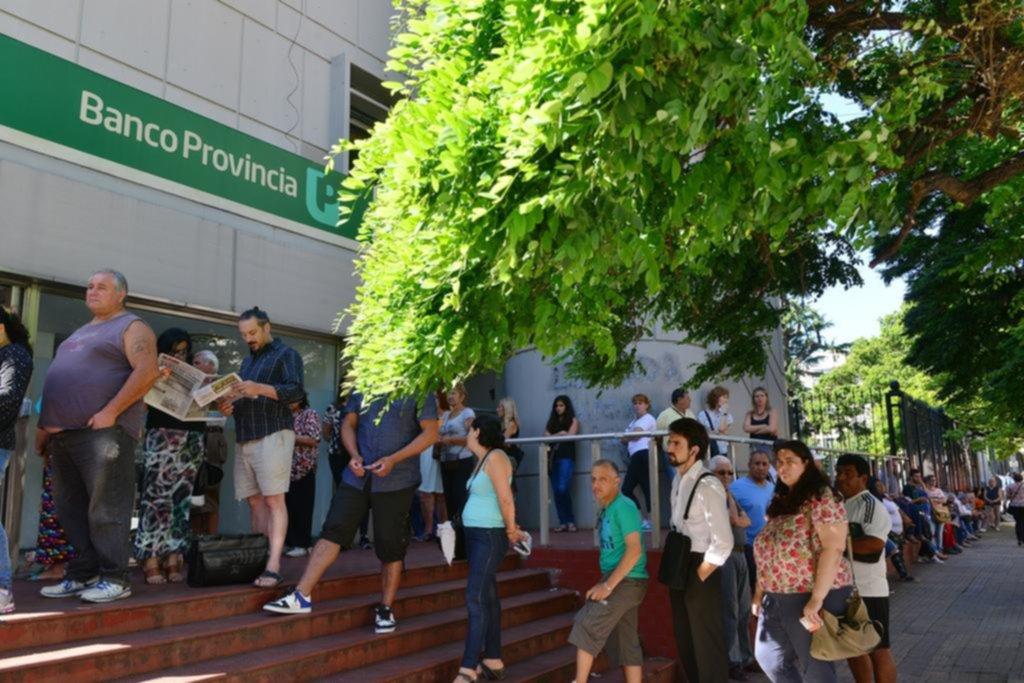 Trabajadores del Provincia pararán de votarse proyecto de la Gobernadora