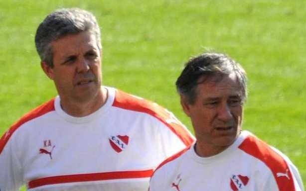 Renunció el DT de Independiente