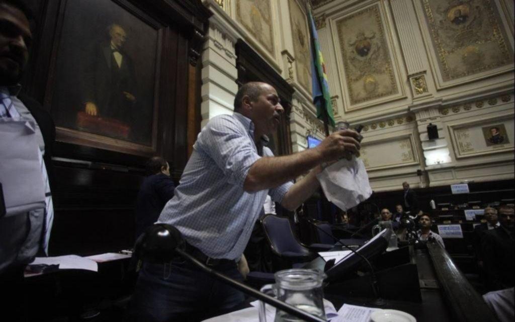 El intendente de Ensenada dijo que es un perseguido político