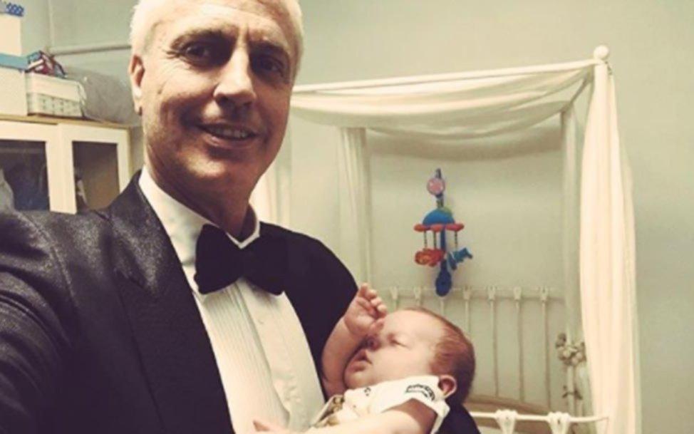 La hermosa postal de Marley con su hijo, Mirko — Cumple mes feliz