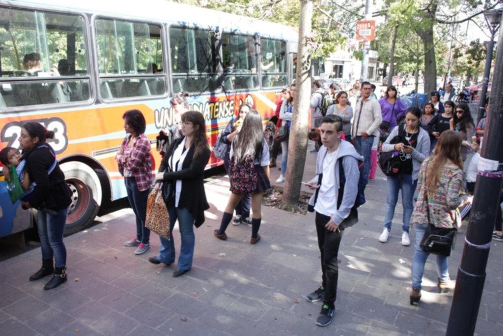 Marcos Peña confirmó el tarizafo en el transporte