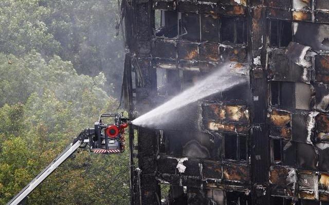 Ya son 58 los muertos por el incendio en Londres