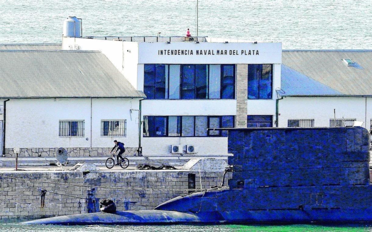Armada argentina informa sobre búsqueda de submarino perdido a familiares de tripulantes