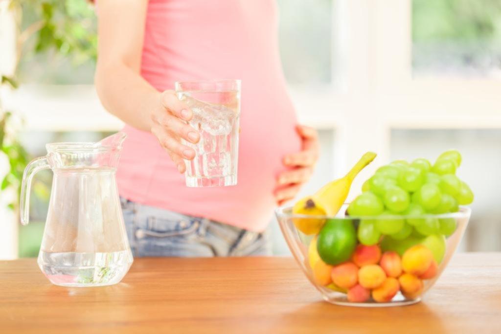 La sed es el primer indicio de que el cuerpo está sufriendo una deshidratación