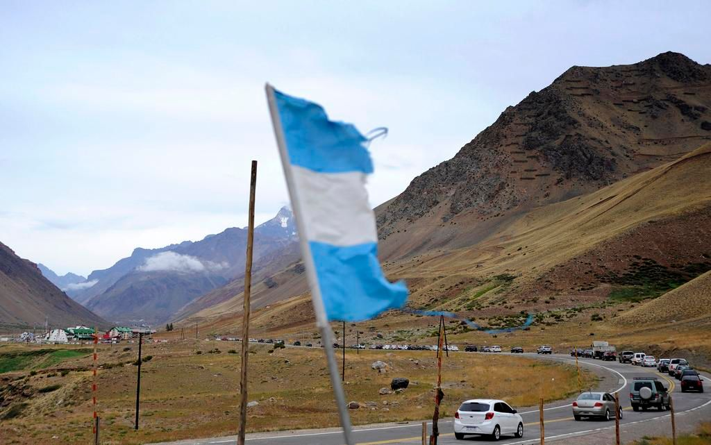 Furor por Francisco: más de 38 mil argentinos ya cruzaron la Cordillera
