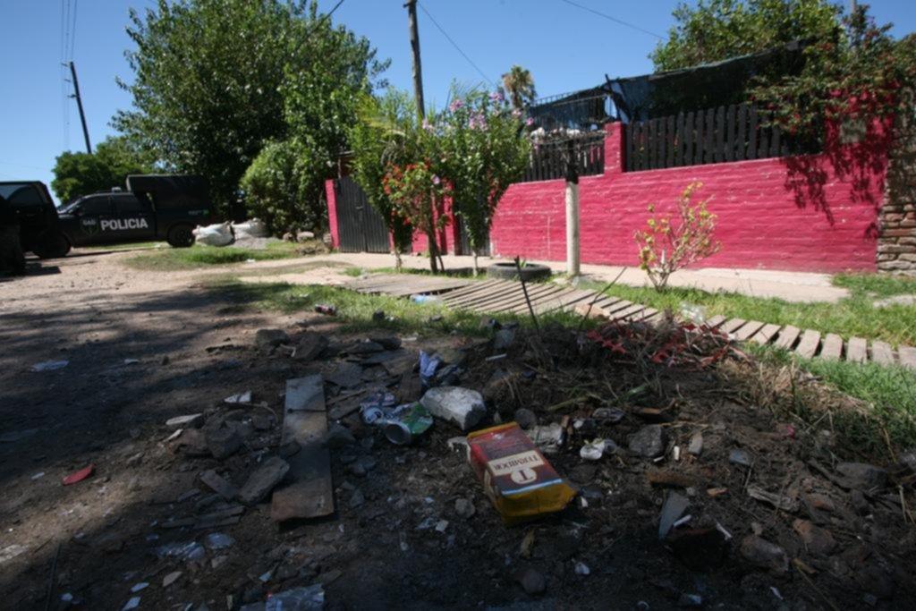 Dos jóvenes asesinados — Fiesta y descontrol