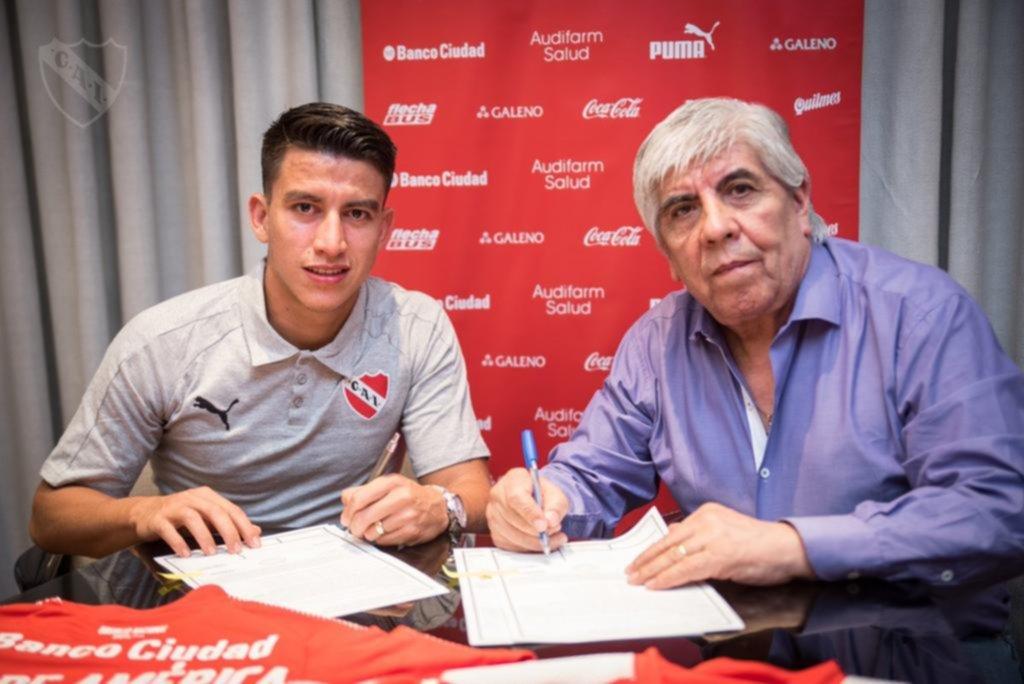 El ecuatoriano Gaibor firmó por cinco años en Independiente