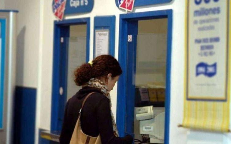 Pagar los servicios en efectivo podría tener un costo adicional