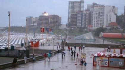 Por el clima, a la temporada de verano en la Costa todavía le cuesta arrancar