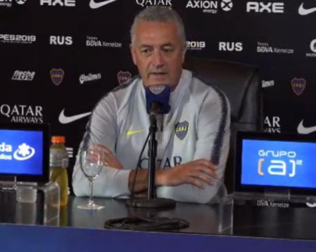 """""""A Tevez lo veo muy feliz; es el jugador emblema de Boca"""""""