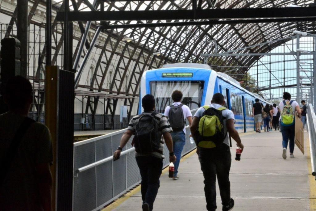 Ya rige la suba en el transporte público: en la Región, el boleto mínimo del micro se va a $16,20