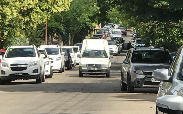 Fuertes quejas por tramos de calle 30 colapsados por el tránsito vehicular