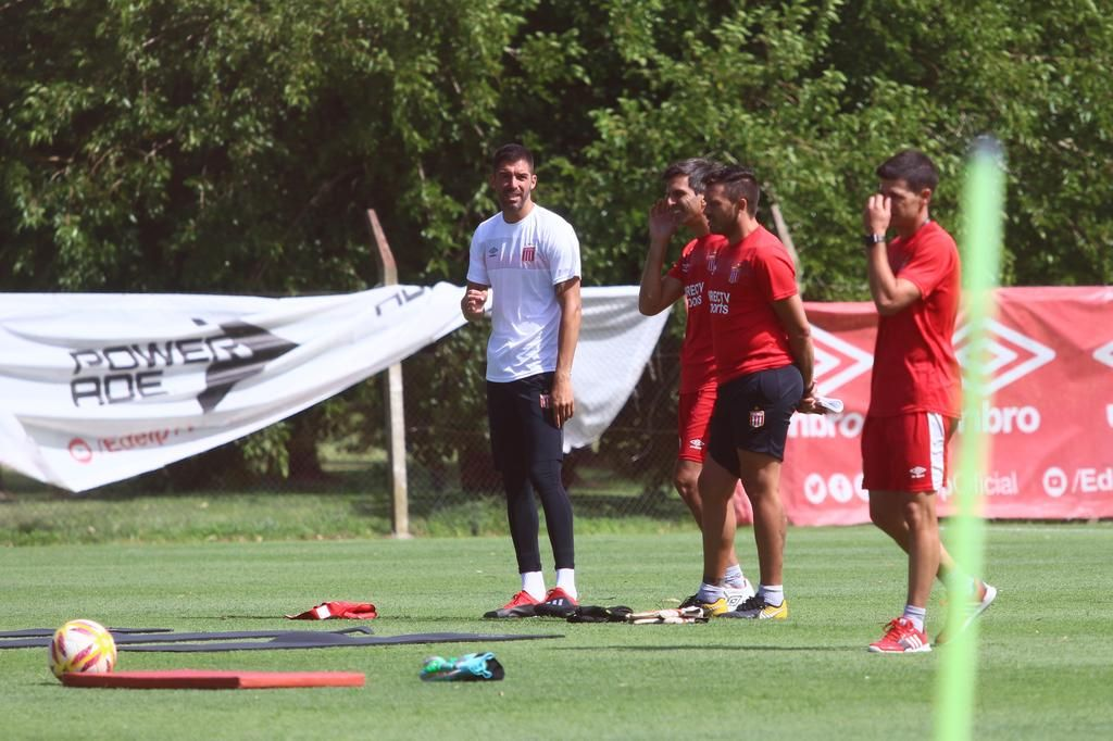 """Andújar no confirmó su continuidad y aseguró que """"nadie es indispensable"""""""