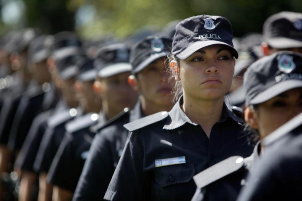 Disponen más de 10 mil ascensos en todos los escalafones de la Policía Bonaerense