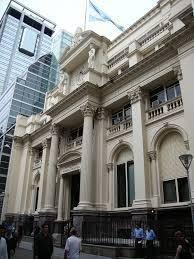 El peso argentino está más fuerte por las tasas de interés que siguen por las nubes