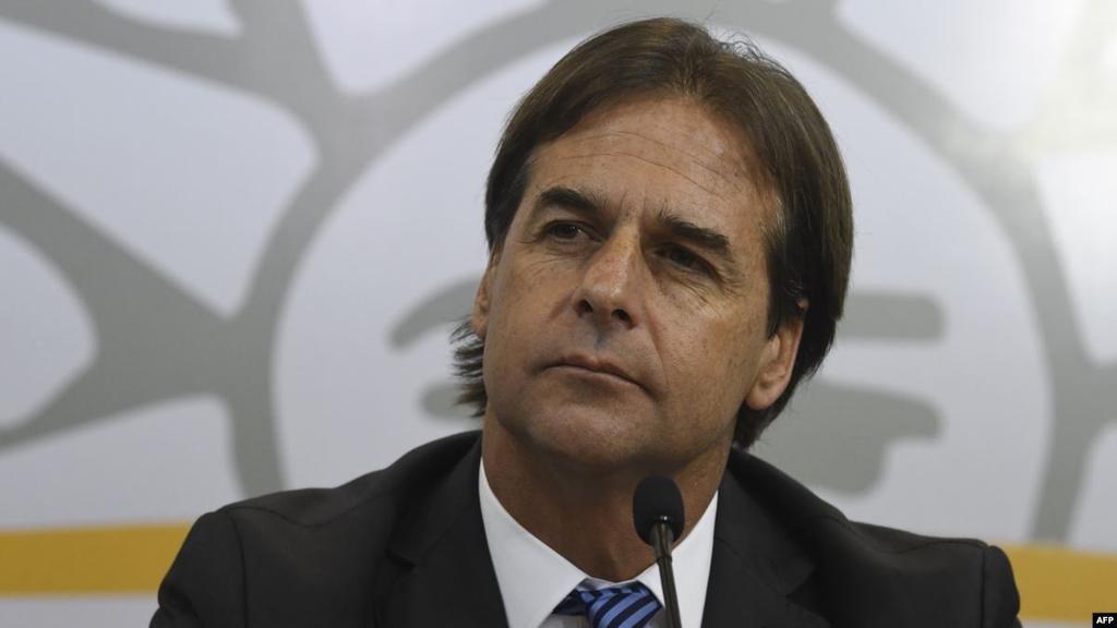 Lacalle Pou busca que 100.000 argentinos se instalen en Uruguay