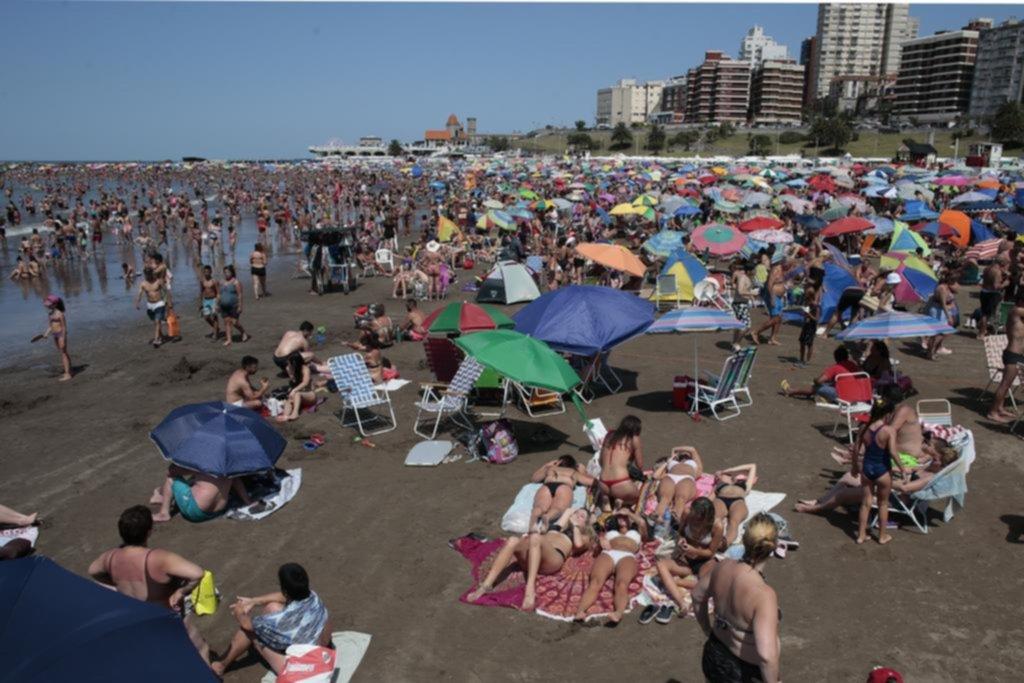 """Mardel está """"Feliz"""": sol, playas llenas y promesa de una gran segunda quincena"""