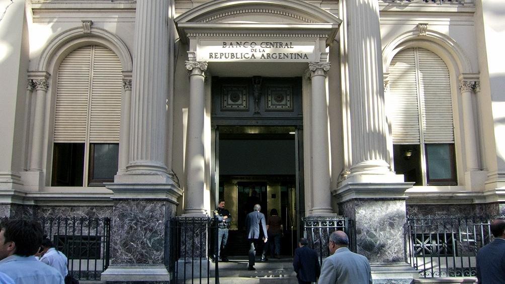Por segundo día, el Banco Central salió a vender dólares por la fuerte demanda