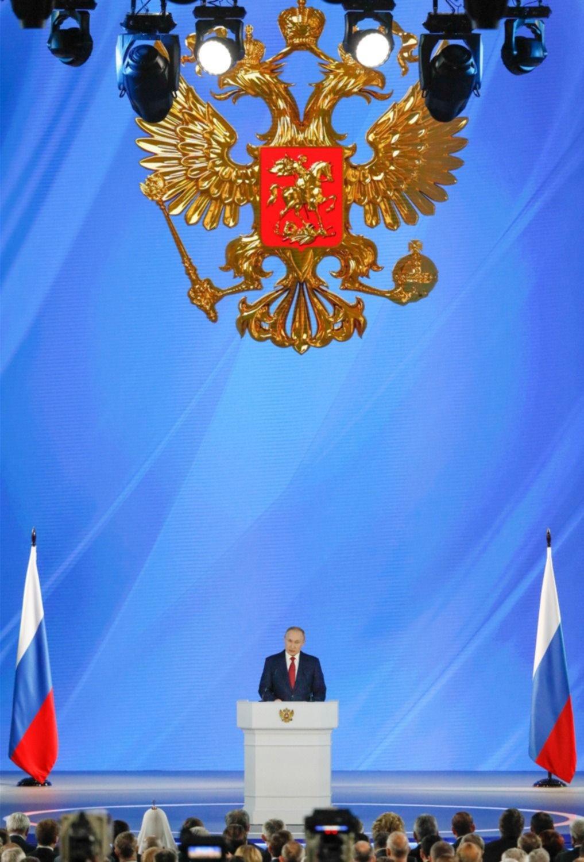 Tras un discurso de Putin, todo el gobierno de Rusia pegó el portazo