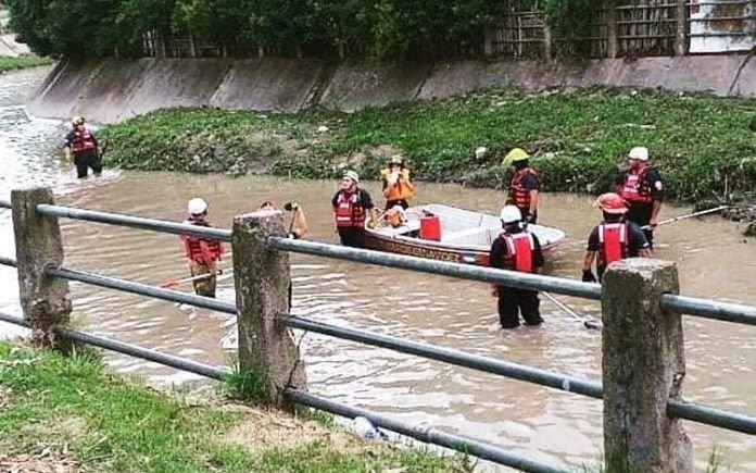Encontraron el cuerpo del remisero que cayó en una boca de tormenta en Benavídez
