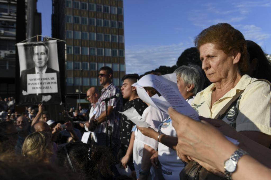 Nisman, 5 años después: homenajes, pedido de justicia y críticas al Gobierno
