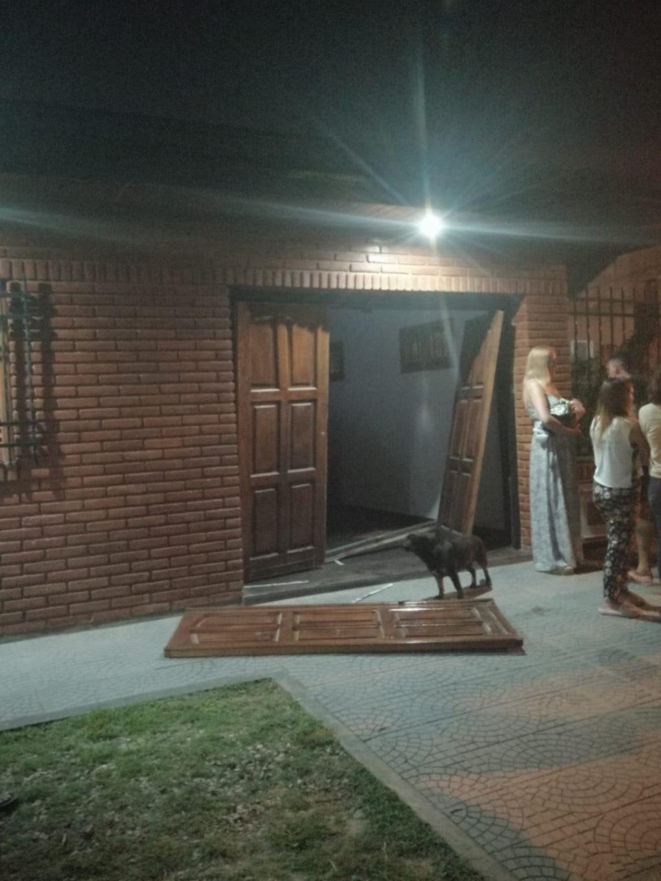 """""""Polichorros"""" siguen haciendo estragos: atacaron a una familia en City Bell"""