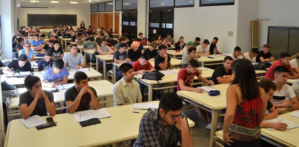 Con Ingeniería e Informática, levanta el telón de los cursos de ingreso a la Universidad